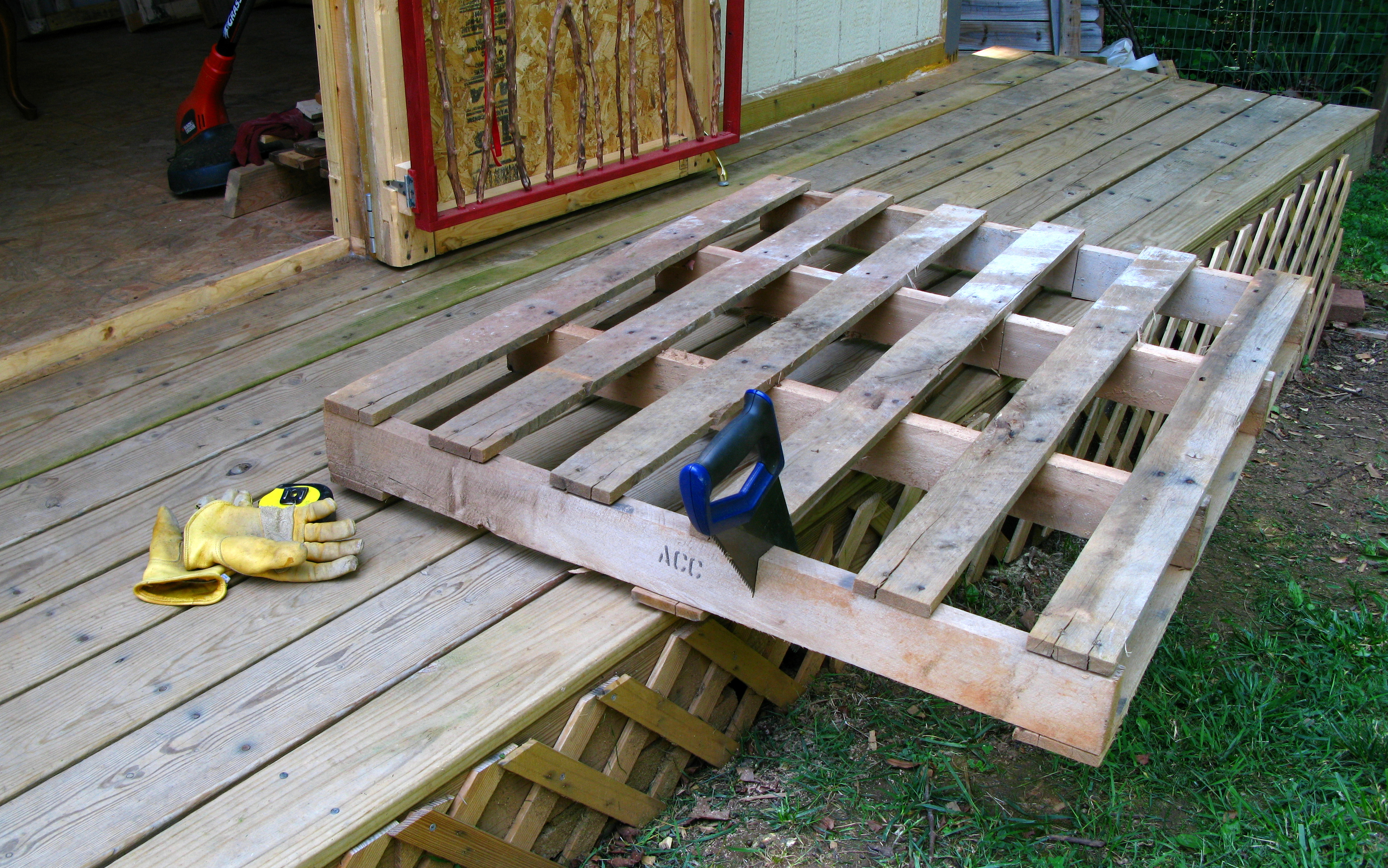 Part 3 a wood pallet s artful journey greenblue for How to make a pallet fire pit table