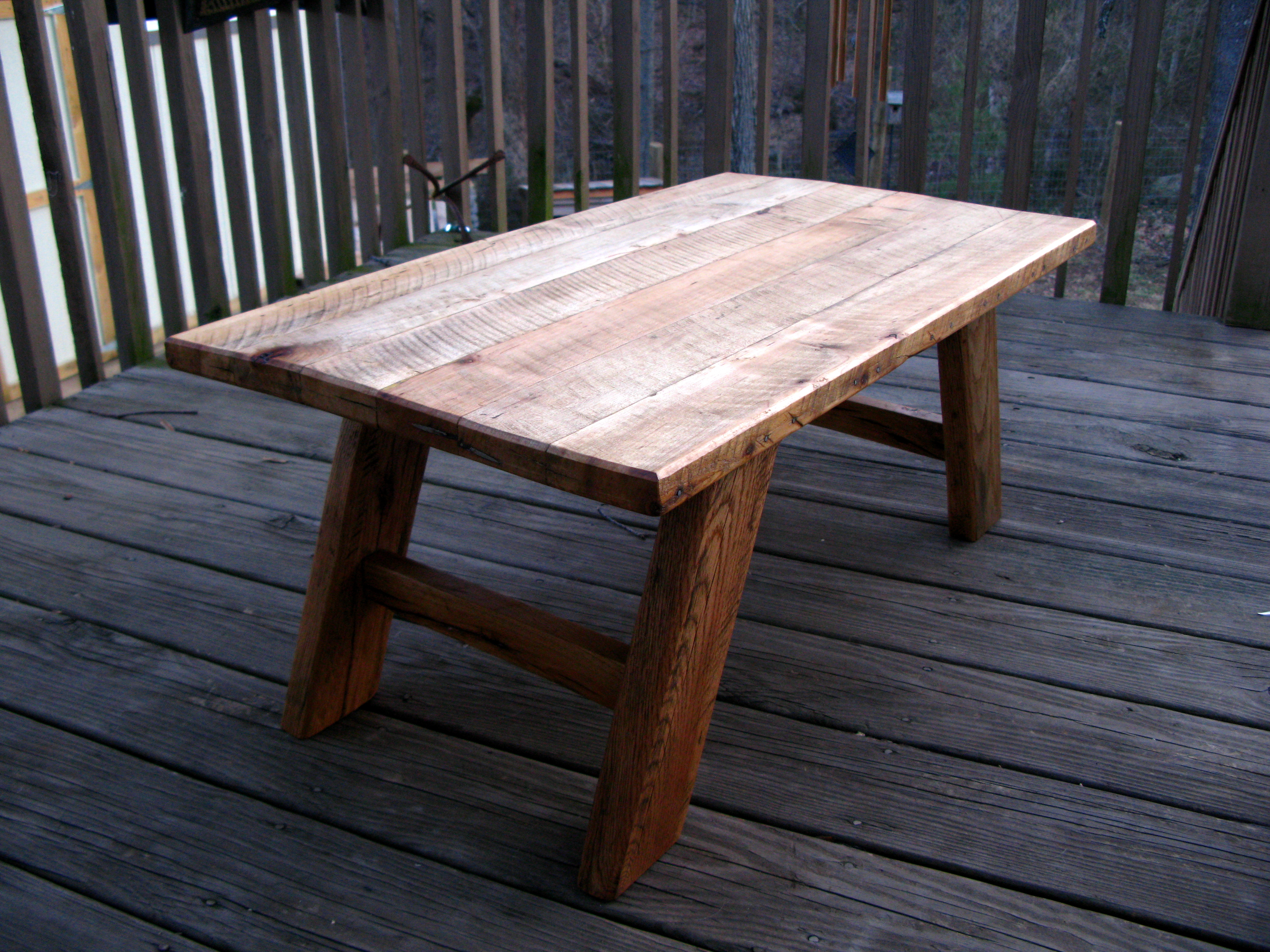 dining table made from pallets